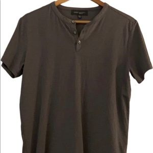 NWOT Men's super soft cotton tshirt